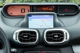 GPS intégré dans un véhicule